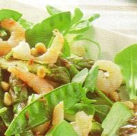 Blacktiger-salade met groene asperges en peultjes