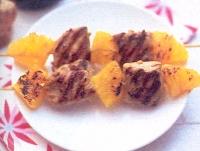 Kipsaté met gembermarinade en sinaasappel