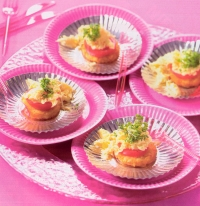 Roerei met rösti en tomaat